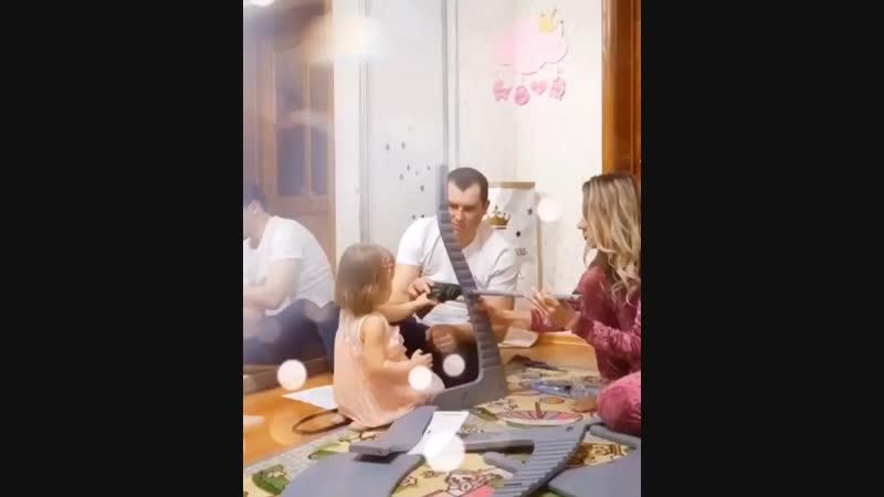 Видео отзыв о растущем стуле УСУРА