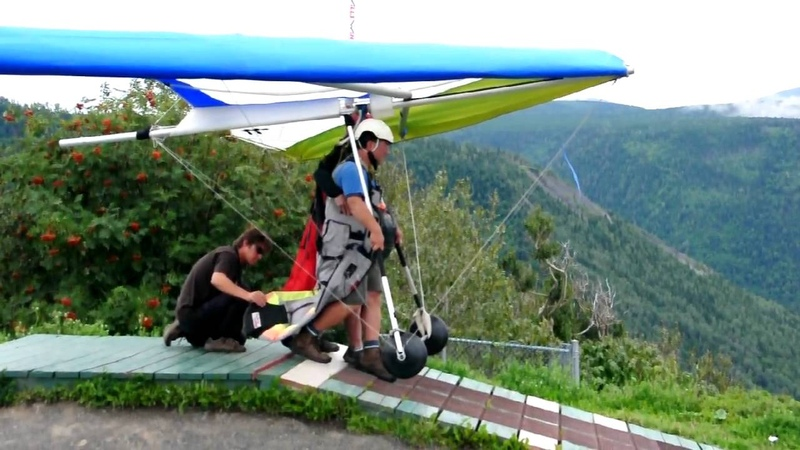 Joe Deltaplan décollage mont saint pierre 23 aout 2009