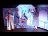 Сцена из новогоднего спектакля