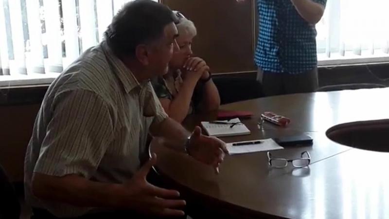 Депутат Володимир Бердецький про роботу водоканалу, втрати води і альтернативні шляхи виходу із кризи
