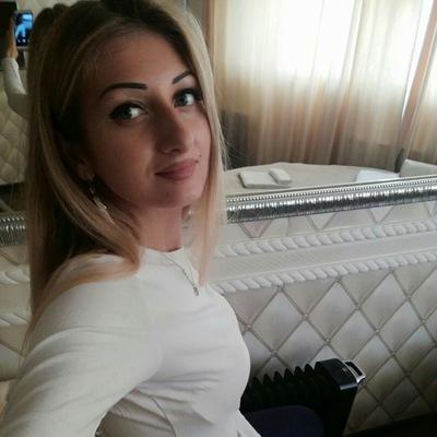 Олеся Павлюченко