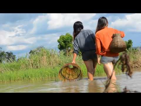 Женщины на рыбалке, камбоджийские рыбачки