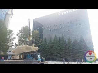 Тестовая установка скульптуры перед зданием компании ПАО