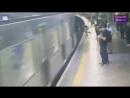 В Бразилии психопат столкнул пассажирку метро под поезд