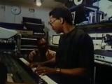 Touchscreen DAW in 1984 (Herbie Hancock Quincy Jones jam with Fairlight CMI)
