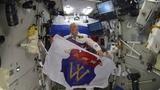 С днем Выборга поздравляет с орбиты космонавт Олег Артемьев