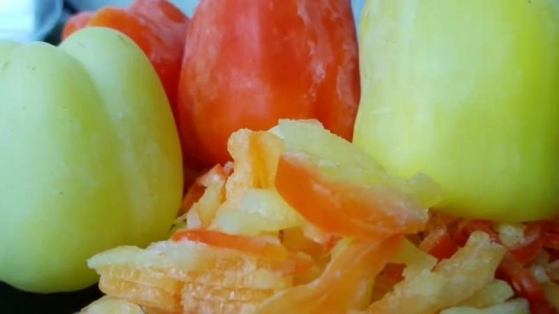 Замороженный перец на зиму, цыганка готовит.Как заморозить перец. Gipsy cuisine.
