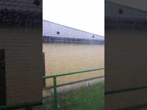 Сильный град и дождь в Волгодонске.