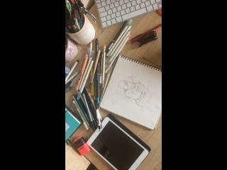 Смотрю «Тоня против всех» и рисую лгбт-раскраску
