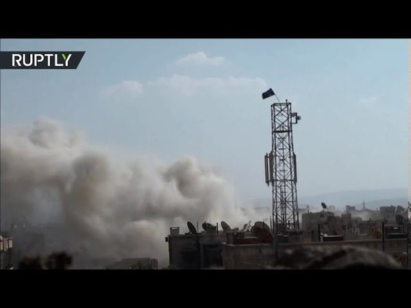 The Syrian Arab Army begins a violent bombardment of the positions of the organization Daash in the south of Damascus