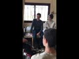 من استقبال عائلة الجريح البطل ياسين حويري للرئيس #الأسد وعائلته في قرية أم حارتين بريف #حمص..