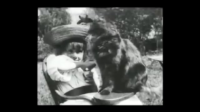 The Little Girl and Her Cat 1899 LOUIS LUMIERE La petite fille et son chat