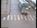 Бешеный автобус - Перми 19.10.2009 9_42 - Crazy Bus in Russian city Perm