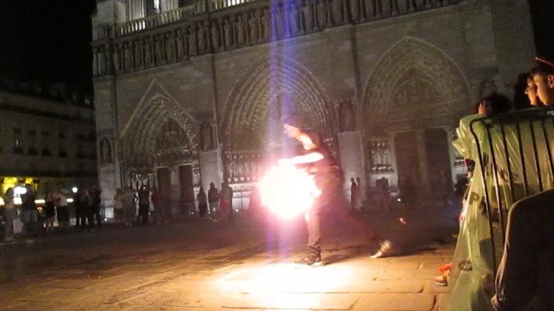 Собор Парижской Богоматери Фаер шоу