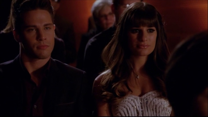 Glee - Being Alive (Full performance) 4x09