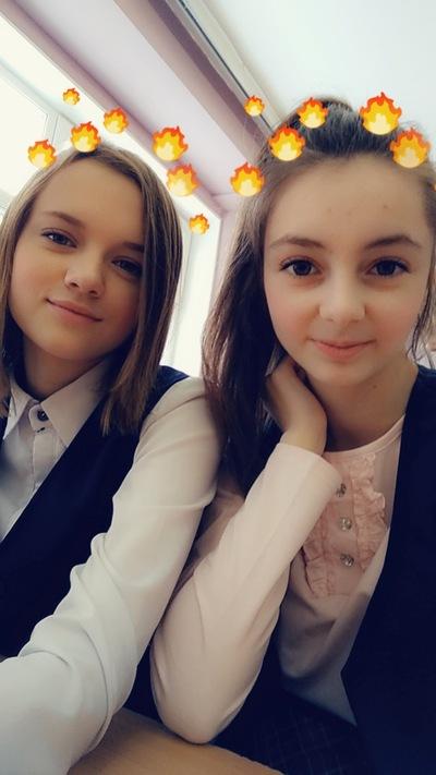 Настя Дурович