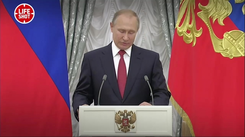Poutine a félicité les joueurs de l'équipe de foot : Vous l'avez fait, nous attendons de nouvelles victoires de votre part!