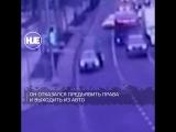 Пьяный водитель прокатил патрульного на столичной трассе