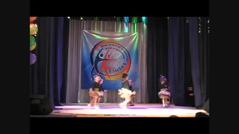 Танец Красные шапочки ансамбль детского сада №347 г. о. Самара Жемчужинка