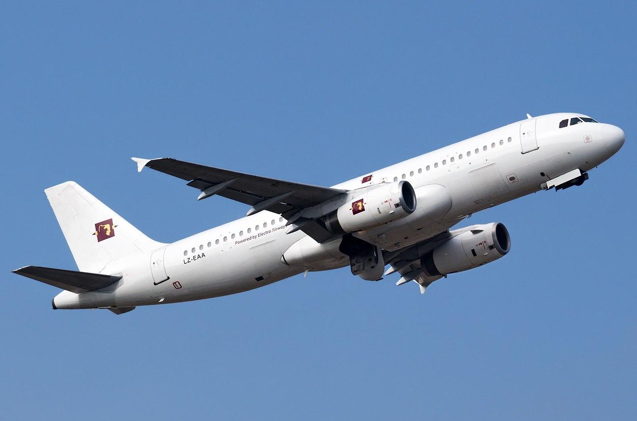 Аэробус Electra Airways в воздухе