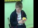 Егор из Коврова считает ментально собирает кубик Рубика