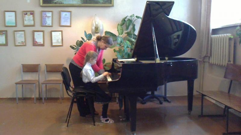 1 класс в музыкальной школе( 2011 г) .Прогон перед экзаменом! ; ) : D