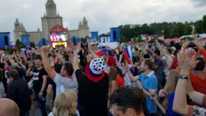 Россия Испания победное отражение мяча Акинфеев. Москва Фанзона