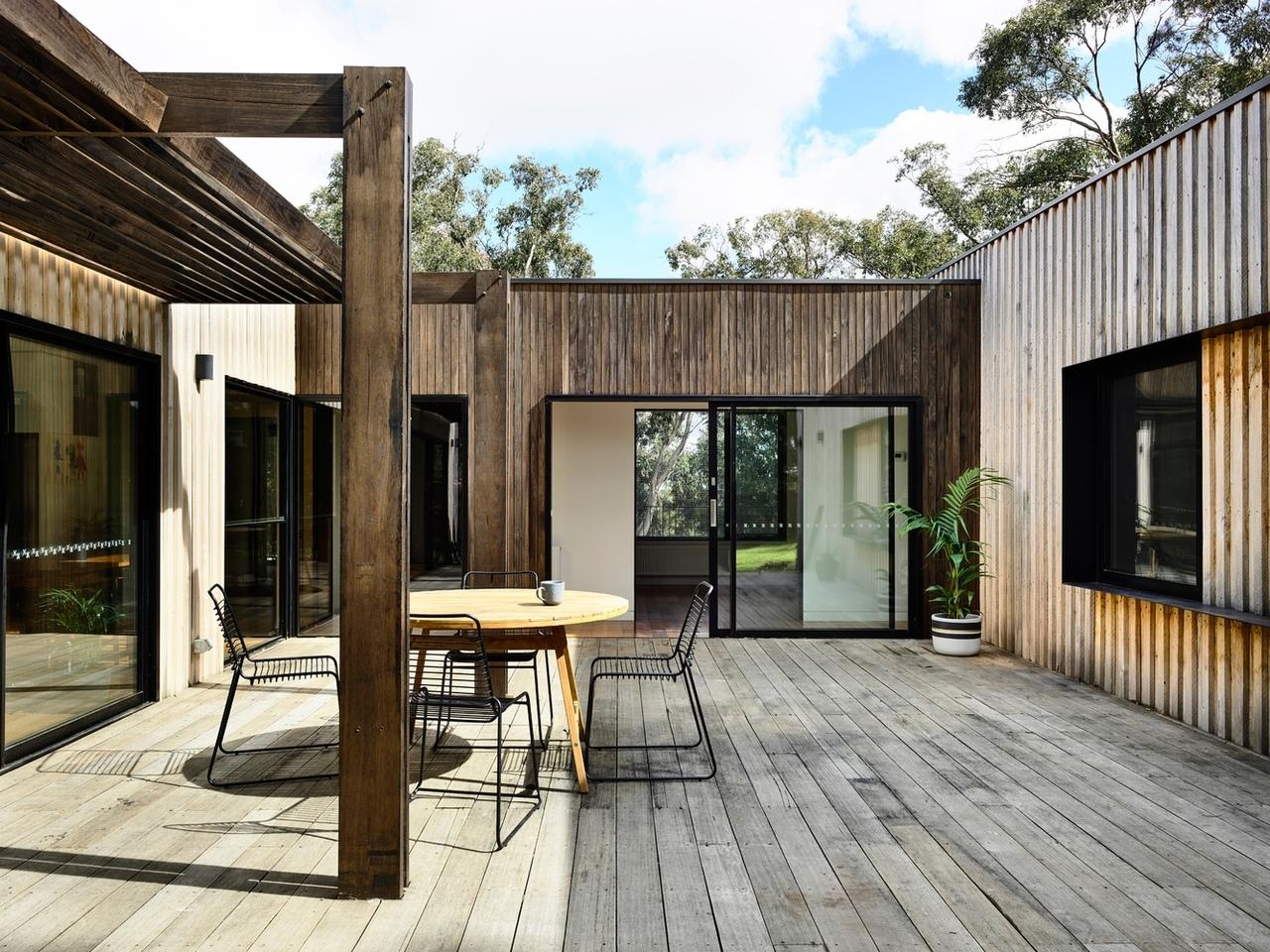 Ballarat East House / Porter Architects