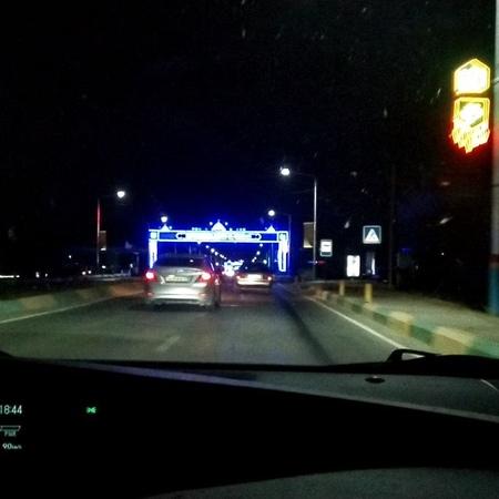 """Борис Шеин on Instagram: """"Ночью в г. Туркестан, Казахстан! Даже такие мелочи в оформлении ночного города вызывают позитивные эмоции УспехВместе Б..."""