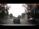 Как же бесят товарищи водители стоящие в левом ряду и включающие поворотник в последний момент