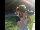 Фотосессия девушек на природе с их продукцией