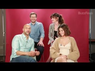 Каст мультфильма «Монстры на каникулах 3» играет в «Чтобы вы предпочли» для «BuzzFeed Celeb», Калвер-Сити (11 апреля 2018)