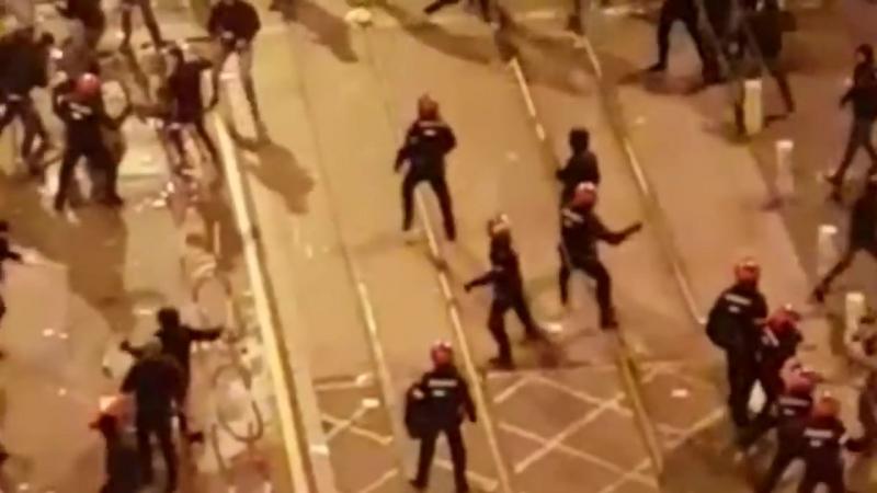 Полицейский Страны Басков погиб в Бильбао в результате столкновений с фанатами Спартака перед матчем с Атлетиком.
