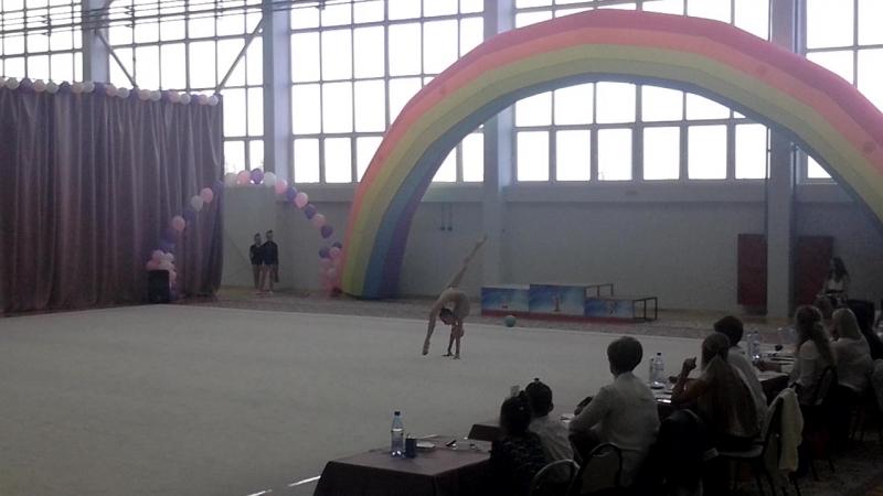 Даша мяч Кубок ОФСОО Авангард май 2018