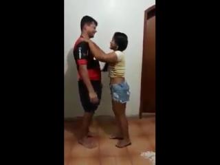Как добиться поцелуя!