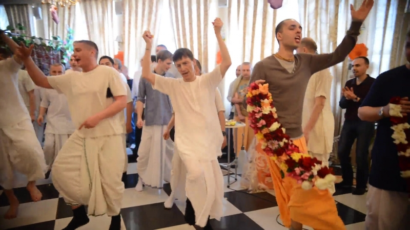 18 04 21 Праздничная программа посвященная приходу в таганрогскую ятру мурти Шрилы Прабхупады