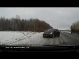 Кто слушает попсу - обычно так себя на дороге и ведут например.