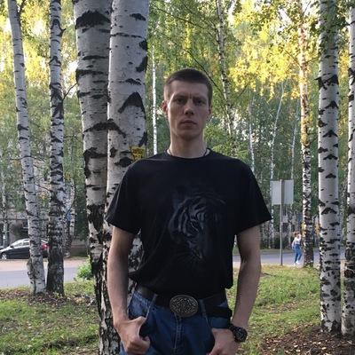 Михаил Костыря