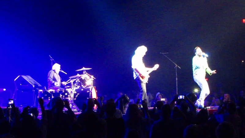 Queen AL Sept 2018 Vegas Heartbreak Hotel