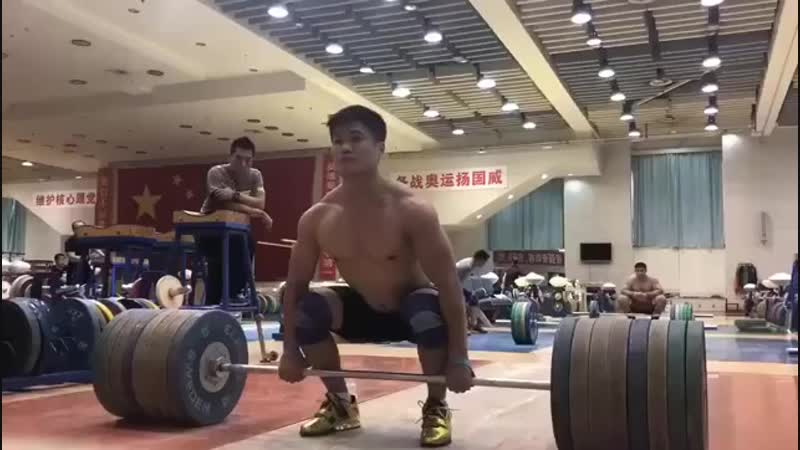 Лу Ксяо Джун