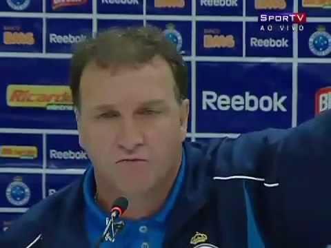 Técnico Cuca Indignado Com o Arbitro Sandro Meira Ricci