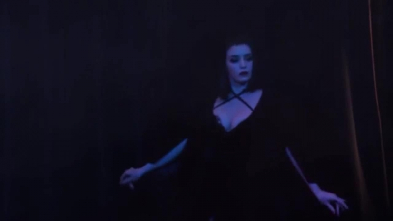 Clea De Velours - The Vampira Show