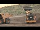 Мощный фронтальный погрузчик Caterpillar грузоподъемность 45 тонн