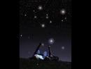Так и должно быть... Небо со звёздами 💫💫💫, земля с цветами 🌹🌹🌹, а люди с любовью ... 👩❤️💋👨