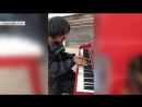 Умер ставший звездой YouTube талантливый бездомный пианист