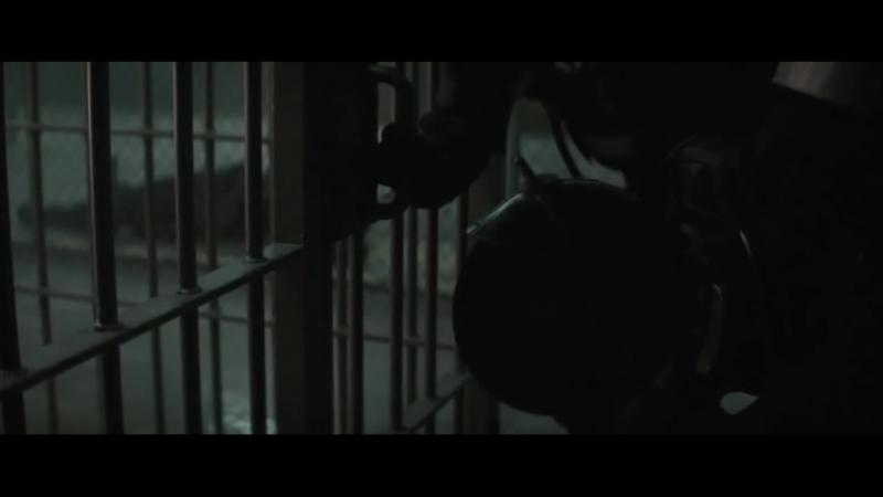 Джокер освобождает Харли