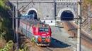 RailWay. Enter and exit. Freight trains in the tunnel / Входят и выходят. Грузовые поезда в тоннеле