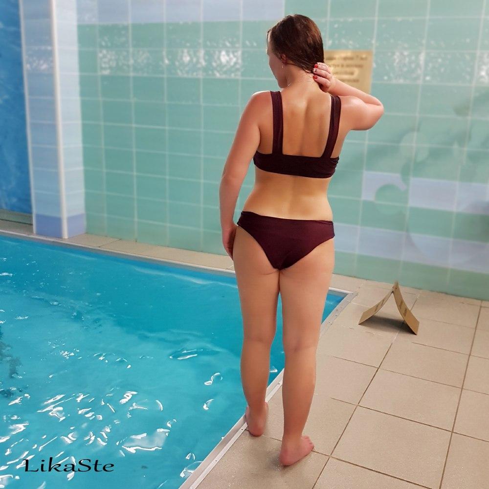 Годный купальник удобная во всех отношениях_ популярная модель актуальная в этом сезоне- столько можно сказать об этом к