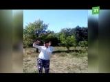 Деревенский парень по имени Динар своими зажигательными танцами покорил Интернет
