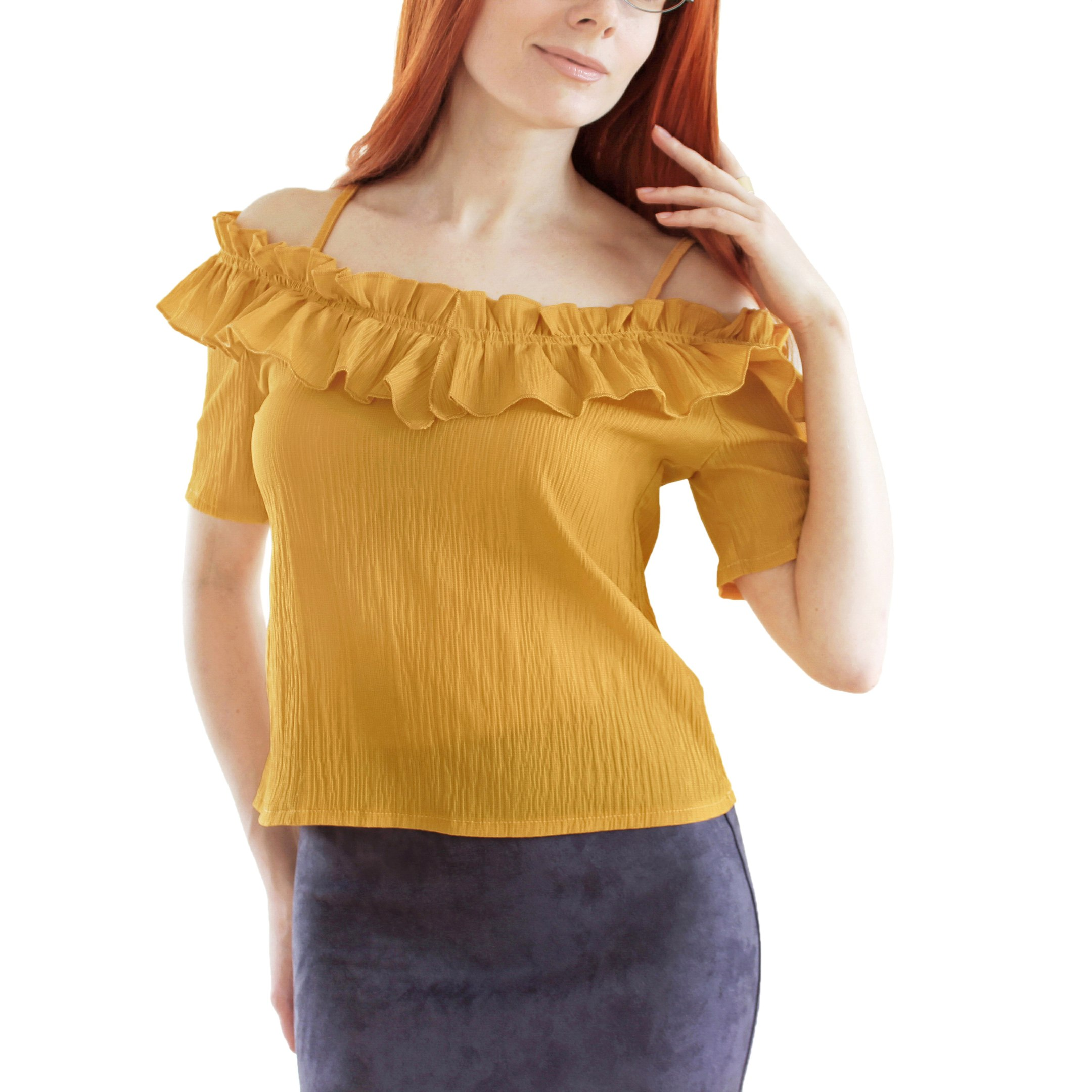 Хорошенькая блуза с рюшами